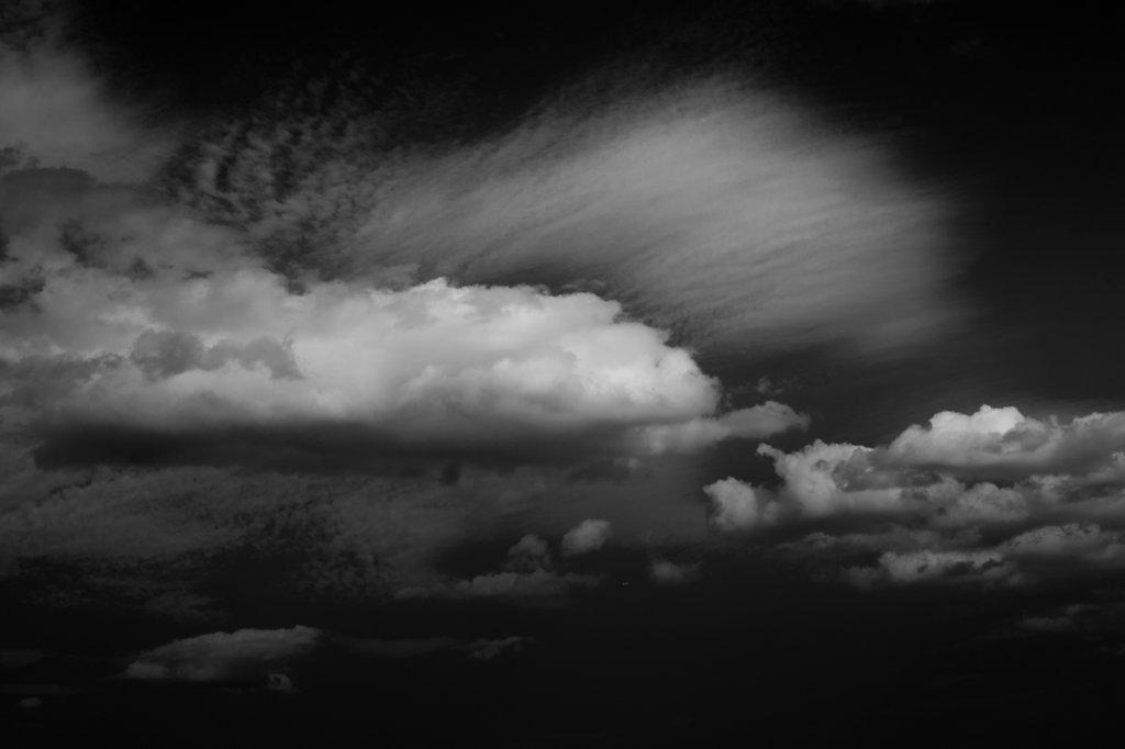 La tête dans les nuages III